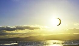 Kitesurf sunrise